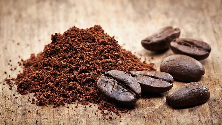 sử dụng bã cà phê cho phân hữu cơ